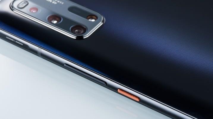 iQOO3-5G-camera-bump